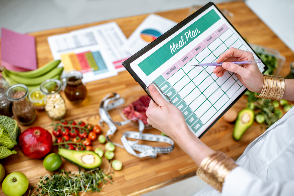 What Are Long-Term Care Dietitians? | The Waterford
